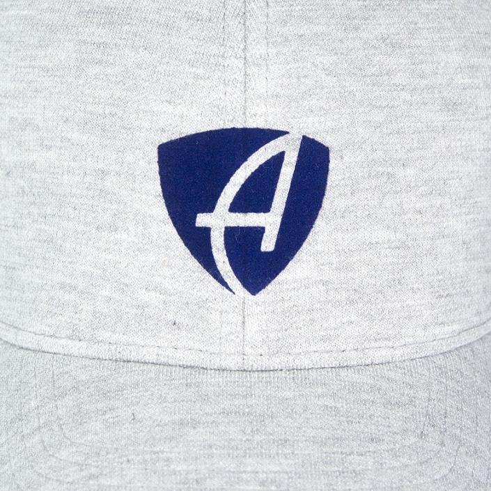 Vorderansicht eines hellgrauen CB Ammersee Flexfit Cap Single Jersey mit dunkelblauen Ammersee Design der Modemarke AMMERSEE BAVARIA aus Bayern, Deutschland