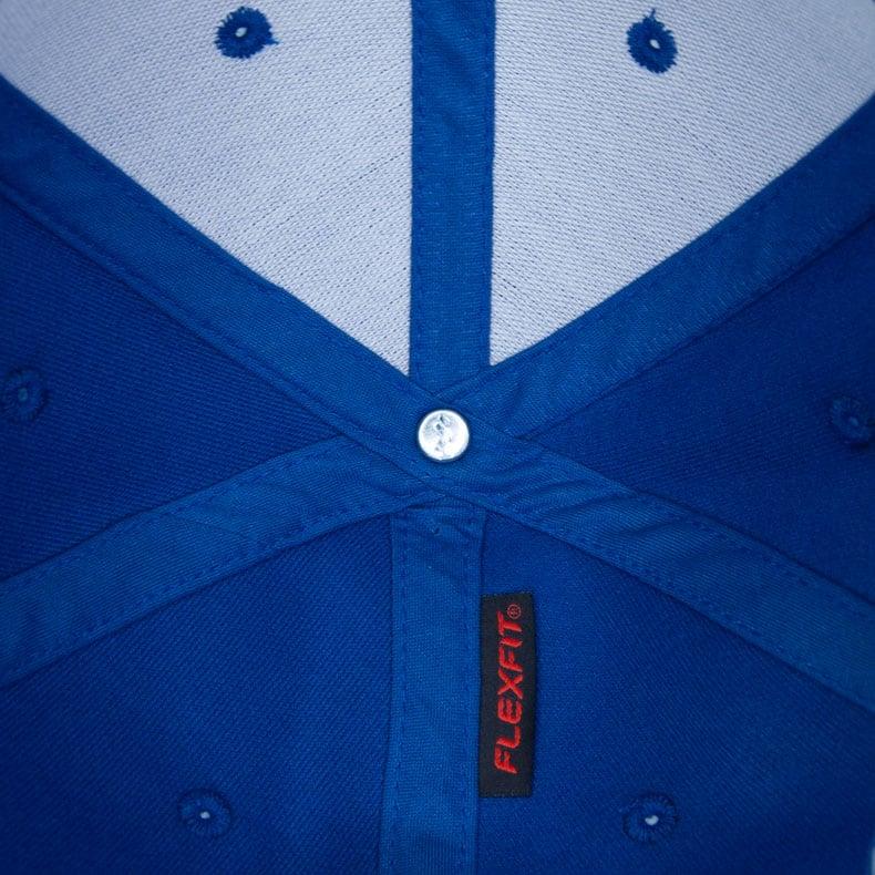 Unteransicht eines mittelblauen CB Ammersee Flexfit Cap Single Jersey
