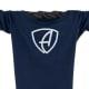 Ausschnitt Vorderansicht eines dunkelblauen CBe Longsleeve T-Shirts aus Bio-Baumwolle (Organic Bio T-Shirt) mit weiss-glitzernem Ammersee Design der Modemarke AMMERSEE BAVARIA aus Bayern, Deutschland