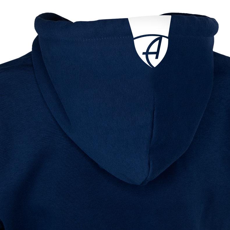 Rückansicht eines dunkelblauen Kapuzenjacke und seiner Kapuze (Organic Bio Hoodie) mit weissem Ammersee Design der Modemarke AMMERSEE BAVARIA aus Bayern, Deutschland