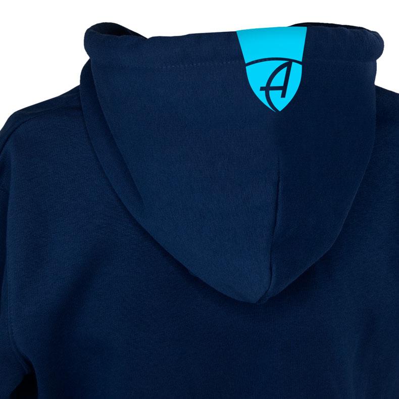 Rückansicht eines dunkelblauen Kapuzenjacke und seiner Kapuze (Organic Bio Hoodie) mit türkisem Ammersee Design der Modemarke AMMERSEE BAVARIA aus Bayern, Deutschland