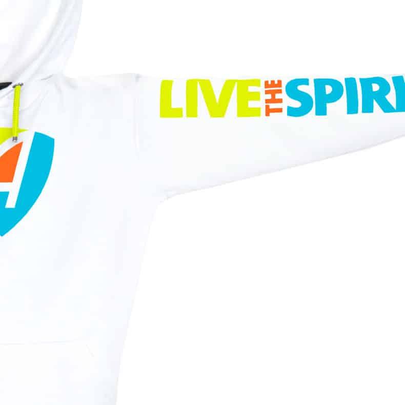 Ärmel eines weissen CB Kapuzenpullover aus Bio-Baumwolle (Organic Bio Hoodie) und recyceltem Polyester mit lime-orange-türkisem Live-The-Spirit Design