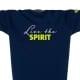 Ausschnitt Vorderansicht eines dunkelblauen ST Kinder T-Shirts aus Bio-Baumwolle (Organic Bio T-Shirt) mit lime-gelben Ammersee Design der Modemarke AMMERSEE BAVARIA aus Bayern, Deutschland