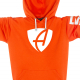 Ausschnitt Vorderansicht eines orangenen SB Kapuzenpullover aus Bio-Baumwolle (Organic Bio Hoodie) und recyceltem Polyester mit weissem Ammersee Design der Modemarke AMMERSEE BAVARIA aus Bayern, Deutschland